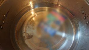 お湯につけたマグネット